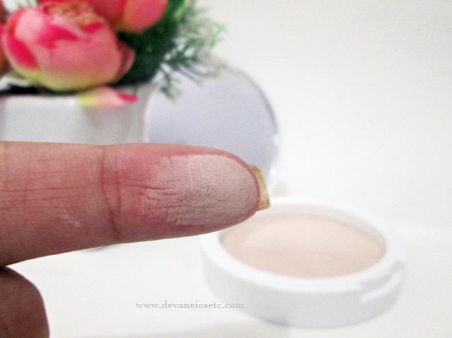 pó compacto facial matte FPS 10 da Avon Color Trend porcelana devaneios etc por pris moraes (1)
